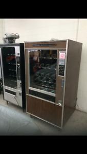 2 working vending machines