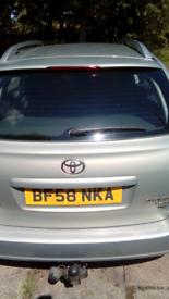 Toyota avensis TRD 4d 2008.