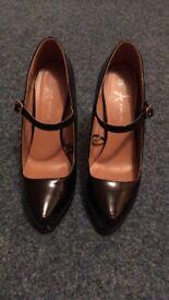 Black Patent Stilettos. Size 7.