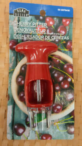 New Cherry Pitter Olive Seed Remover Kitchen Fruit Handheld Tool