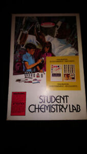 1969 Student Chemistry Set Skilcraft all chems included