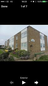 One double bedroom large lounge with garage in lincoln court BN107FB