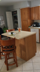 Oak kitchen island and 3 stools