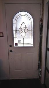 porte extérieur métal blanc