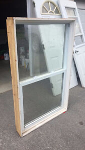 VARIOUS SIZED USED WINDOWS FOR SALE
