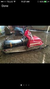Snowmobile 79' Enticer 250