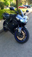 yamaha R1 2007 super clean jamais accidente ni tombe