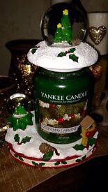 Yankee candle Christmas globe set