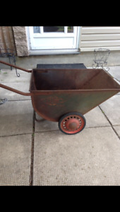 Antique feed cart