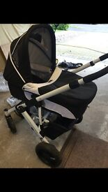 New born Pram/pushchair and Moses basket