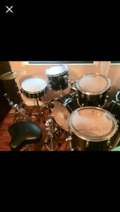 3003 Sonar Force drum set with Pasty cymbals