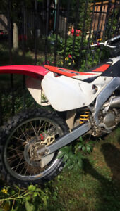 PERFECT RUNNING 1998 cr 125