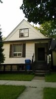 Close to U of W Student rental(girls only)