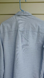 Modern zip-up shirt from CPO Size M & S North Shore Greater Vancouver Area image 3
