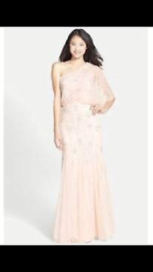 Dress/gown