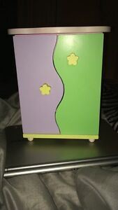 Childs jewelry box