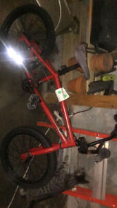 We The People 'Arcade' BMX Bike, 20'