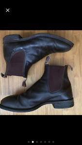 R.M. Williams Chelsea Boots 8.5