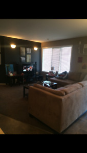 3 Bedroom apartment avail for March 1 in Lorette