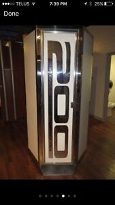 4 commercial stand up tanning booths for sale