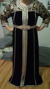 ROBES TRADITIONNELLES/CAFTAN