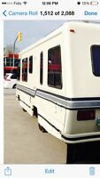 1986 triple E empress 30ft! SAFETIED!!