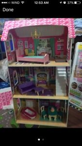 Brand new kid kraft Dakota dollhouse