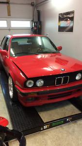 MINT  1989 BMW 325is