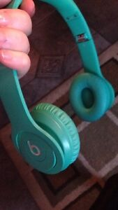 Turquoise Solo Beats by Dre