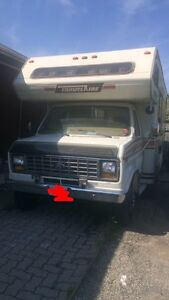 1985 Ford Travelaire Motorhome