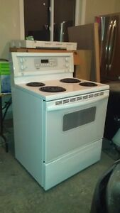 Electric oven London Ontario image 1