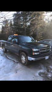 2006 chev with plow and 2007 parts truck