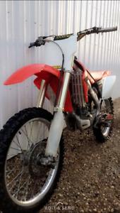 2006 Honda CRF250R dirt bike