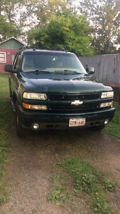 2004 Chevrolet Tahoe Z71 Off Road SUV, Crossover