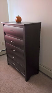 Selling Hardwood color chest with drawers