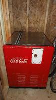 Glacière antique Coca Cola