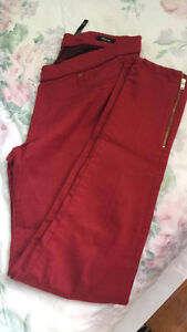 Red pants good condition / Pantalon rouge bonne condition