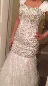 Beautiful Jasz Couture White Embellished Gown Edmonton Edmonton Area image 4