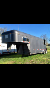 1992 Maplelawn 2-Horse Trailer