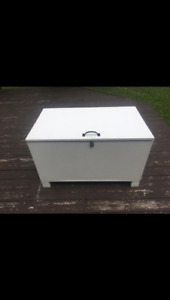 Tack box/ Storage chest
