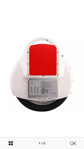 AIRWHEEL X5 ONE WHEEL WHITE AND RED NEW.