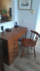solid maple desk, kitchen table and 5 chairs