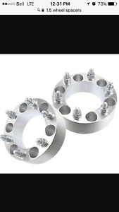 """(4). wheel spacers 1.5"""" 6 bolt"""