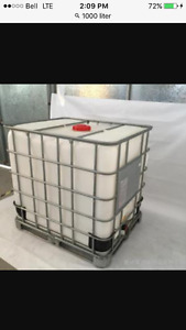 1000 litre totes for sale.