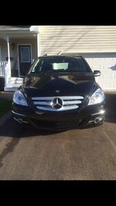 2009 Benz B200  car proof available