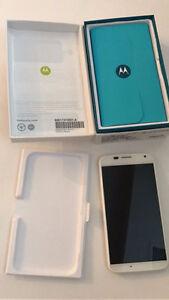 Motorola Moto X (2013, 1st gen) with box