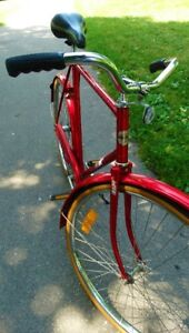 Vintage Candy Apple Red Fixie Fixed Gear Beach Cruiser Bike