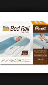 Two inflatable bed rails