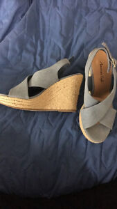 2 pairs-7.5 wedge heels
