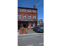 Waterloo, Liverpool - Room to Rent in Shared House